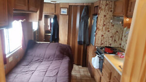 22ft 1988travel trailer in chetwynd