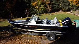 2009 17.6 Stratos Fish/Ski