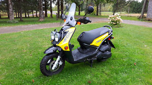 2009 125 BWS Zuma Yamaha for sale, asking $2200