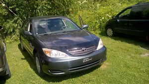 Camry 2003 tres propre very clean A1