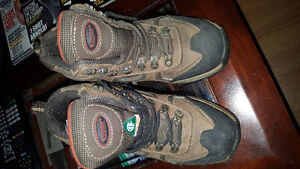 Size 5 womans steel toe boots