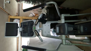 Precor elliptical 576i. Excellent working and cosmetic condition
