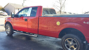 2009 Ford F-150 xlt bas millage Camionnette