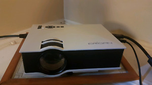 "HDMI wireless projector 130"" 1200 lumens $180"