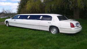 2002 Lincoln Town Car Limo Other