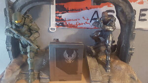 Halo 5 Guardians Collectors Edition Statue And Guardian kit Windsor Region Ontario image 1