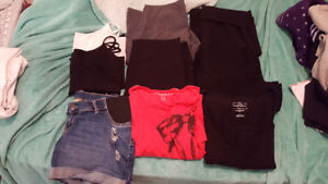 size med maternity clothing lot