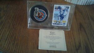 Wendel Clark Signed Card and Puck!!!!!