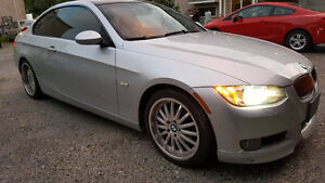 BMW 3 28 XI coupe ( pack sport )