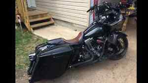 2009 Road Glide will take partial trade for older smaller Harley