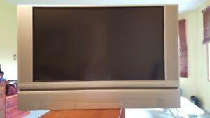 Hitachi 50 inch LCD DVI TV with matching stand