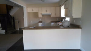 Rooms Available for Rent in South End OF Guelph! London Ontario image 2