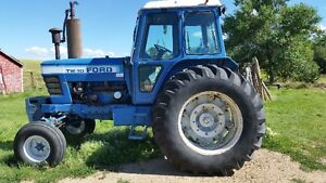 TW10 Ford Tractor