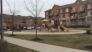 2 Bedrooms Churchill Meadows Townhouse $1600