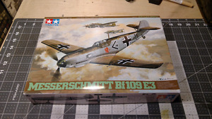 Assorted model Planes, tanks and trucks. 1/48 1/76