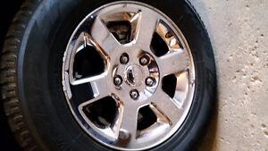 Jeep Commander wheels / rims with tires 245 70 R17 Kitchener / Waterloo Kitchener Area image 2