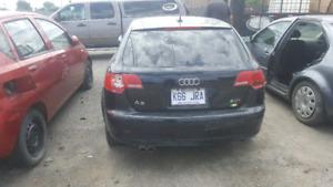 Audi A 3 noire 700 514-661-6161