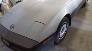 1984 corvette  very clean car. forced sale 4000obo