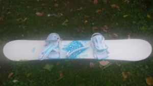 Snowboard size 143 cm with bindings