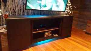 Entertainment unit Cambridge Kitchener Area image 1