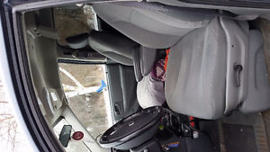 2007 Dodge Caravan For sale As Is!208,700 km still being driven! Peterborough Peterborough Area image 7