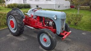 tracteur Ford  1946