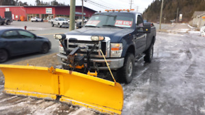 2010 Ford F250 Truck with plow 640 0495
