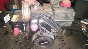 5 hp Tecumseh motor. Winter snowblower motor. Good working shape