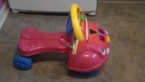 4 roues pour bambin Fisher Price