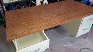 Office Desk, mint condition