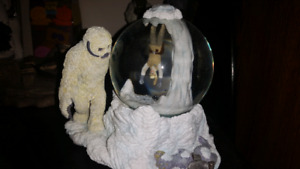 Star wars wampa cave snow globe!