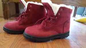 Brand new Womens winter boots Belleville Belleville Area image 6