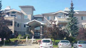Beautiful Condo Country Hills 2 parkings
