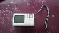 HP Photosmart E427 6MP Camera! Great condition! Try your offer !