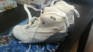 ladies cross country ski boots size 9