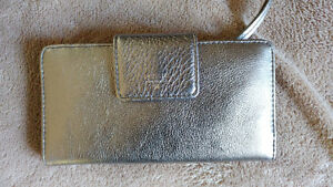 FOSSIL wallet brand new for sale