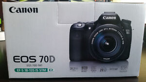 Canon EOS 70D DSLR 20 MP Camera with 18-135mm IS STM Lens Kit