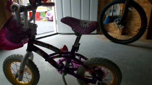 Hello Kitty bike with training wheels (12.5 inch. tires)