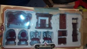 Solid wood miniature victorian dollhouse furniture Cambridge Kitchener Area image 1