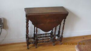 antique gate leg folding side table