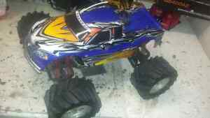 Rc traxxas  t-max  with 3.3