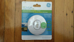 GE LED Tap Light