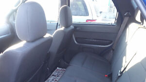 FORD ESCAPE SUV CROSSOVER  ASK MONA ABOUT A FREE CARSTARTER Strathcona County Edmonton Area image 5