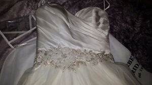 NEVER WORN ALLURE BALL GOWN London Ontario image 3