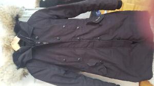 authentique manteau Canada Goose femme XS noir modele Kensington
