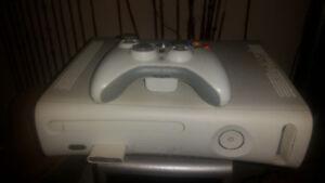 XBOX 360, 1 Wireless Controller, 9 Games