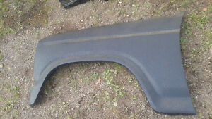 Ford 1980-1986 Ford F 100,150,250,350 Bronco front fenders
