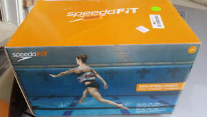 BNIB Speedo Aqua Jog Water Aerobic Swim Training Belt - 78% OFF