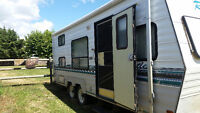 GREAT FAMILY OR HUNTING RV, 23.5 ' LONG, SLEEPS 8