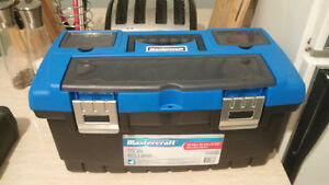 Mastercraft 22'' Wide Tool Box with Tray Inside